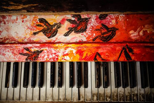 Piano - The Best Instrument (Photo by Patrick Hendry on Unsplash)
